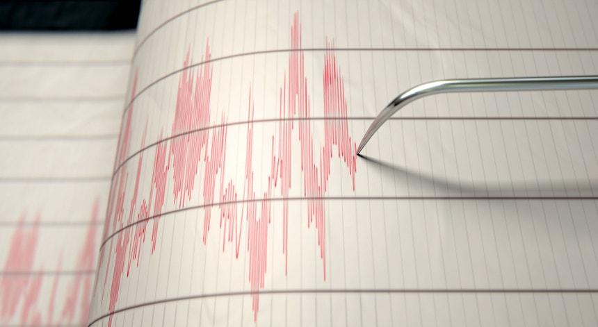 Instituto Ciências da Terra - Universidade de Évora instala Sistema de Alerta Precoce de Sismos em Portugal